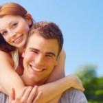 Kontaktbörsen helfen dir über Online-Flirts die große Liebe zu finden.