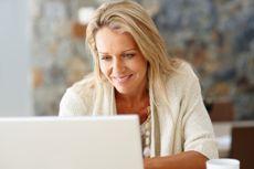 Ältere Frauen lernst du bequem auf bildkontakte.ch kennen.