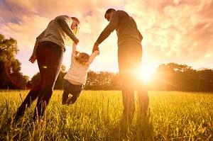 Online auf Menschen treffen, die gezielt nach einem Partner mit Kind suchen